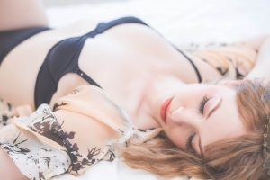 intimate boudoir image with vintage vibes